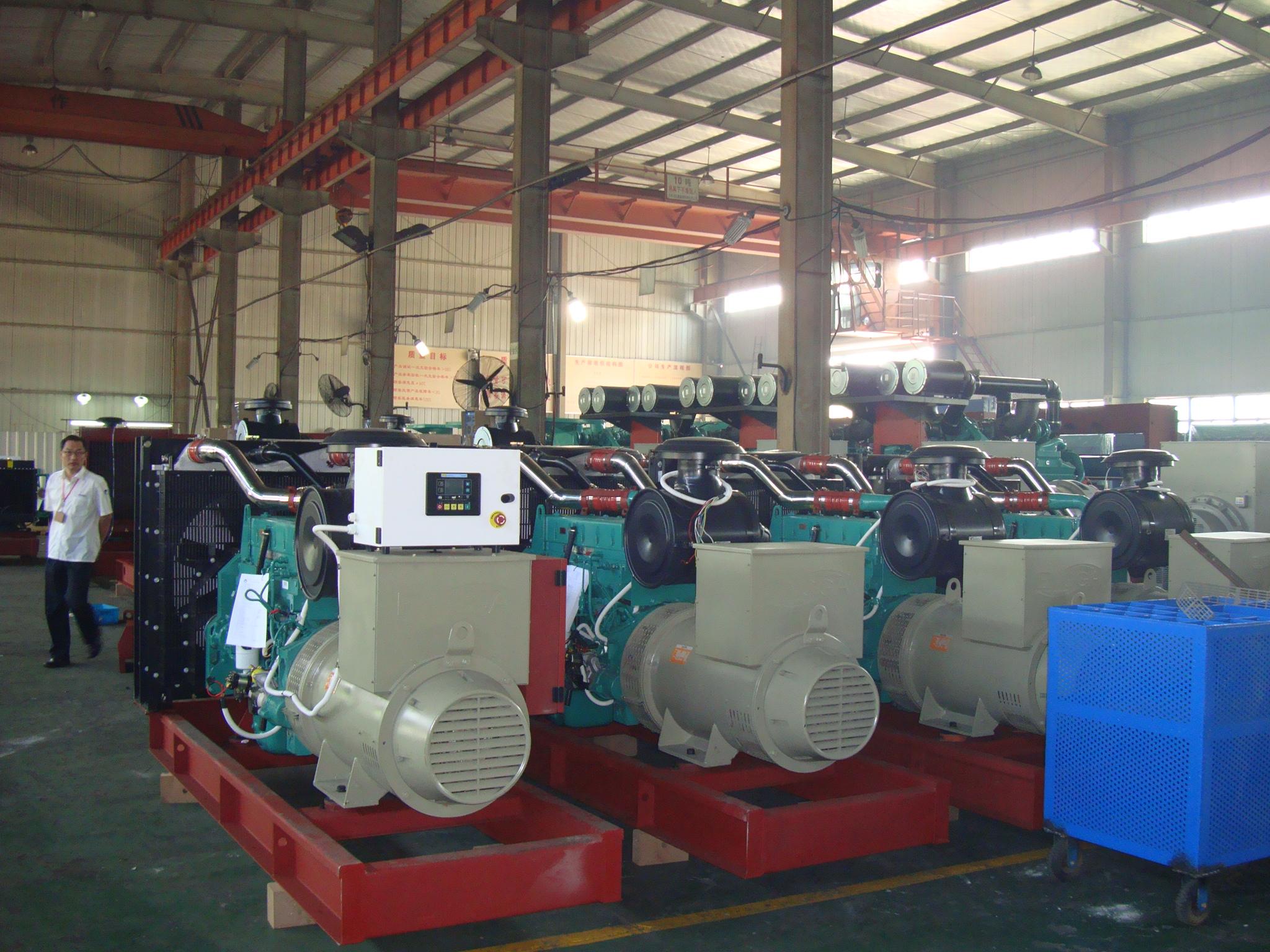 全新柴油发电机的仓库